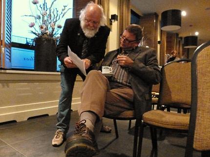 Louis in gesprek met Gerrit Hobbelink