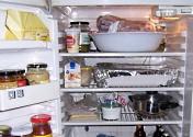 schaal in koelkast