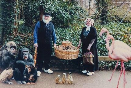 """Bij binnenkomst natuurlijk op de foto bij de """"dieren"""" (Foto: Candid Foto B.V.)"""
