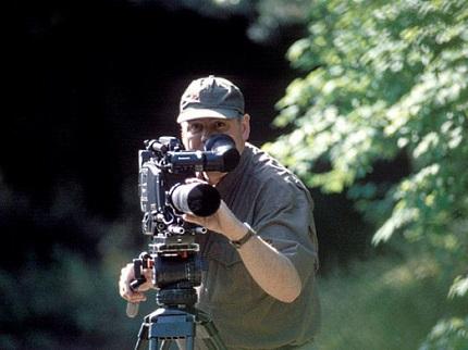 De bekende natuurfilmer Luc Enting op de Veluwe (Foto: Natuurmonumenten)