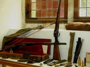 doorwerth-jachtmuseum-jachtvitrine-De-PestersFC-300x225