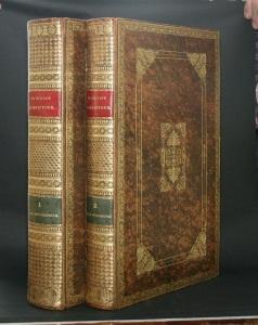 2 -webfoto - Twee schitterende identieke banden met gouddruk van de eerste oud-katholieke bijbel uit 1732 uitgegeven door C.G. le Febure te Utrecht - kopie