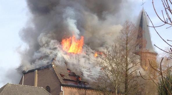 kerk-Hoek-brand-Omroep-Zeeland3_0