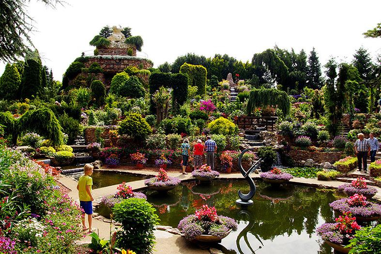 De mooiste tuin van de veluwe de veluwenaar for Tuinbladen nl