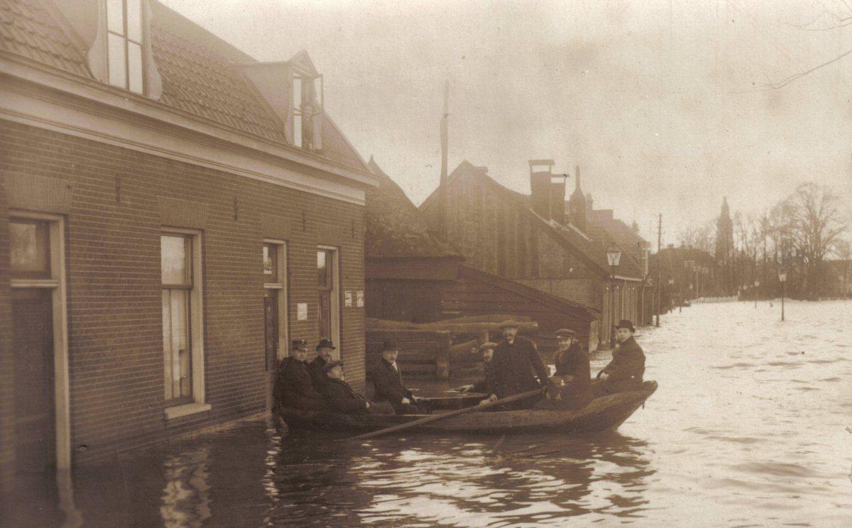 Spoorstraat_1916