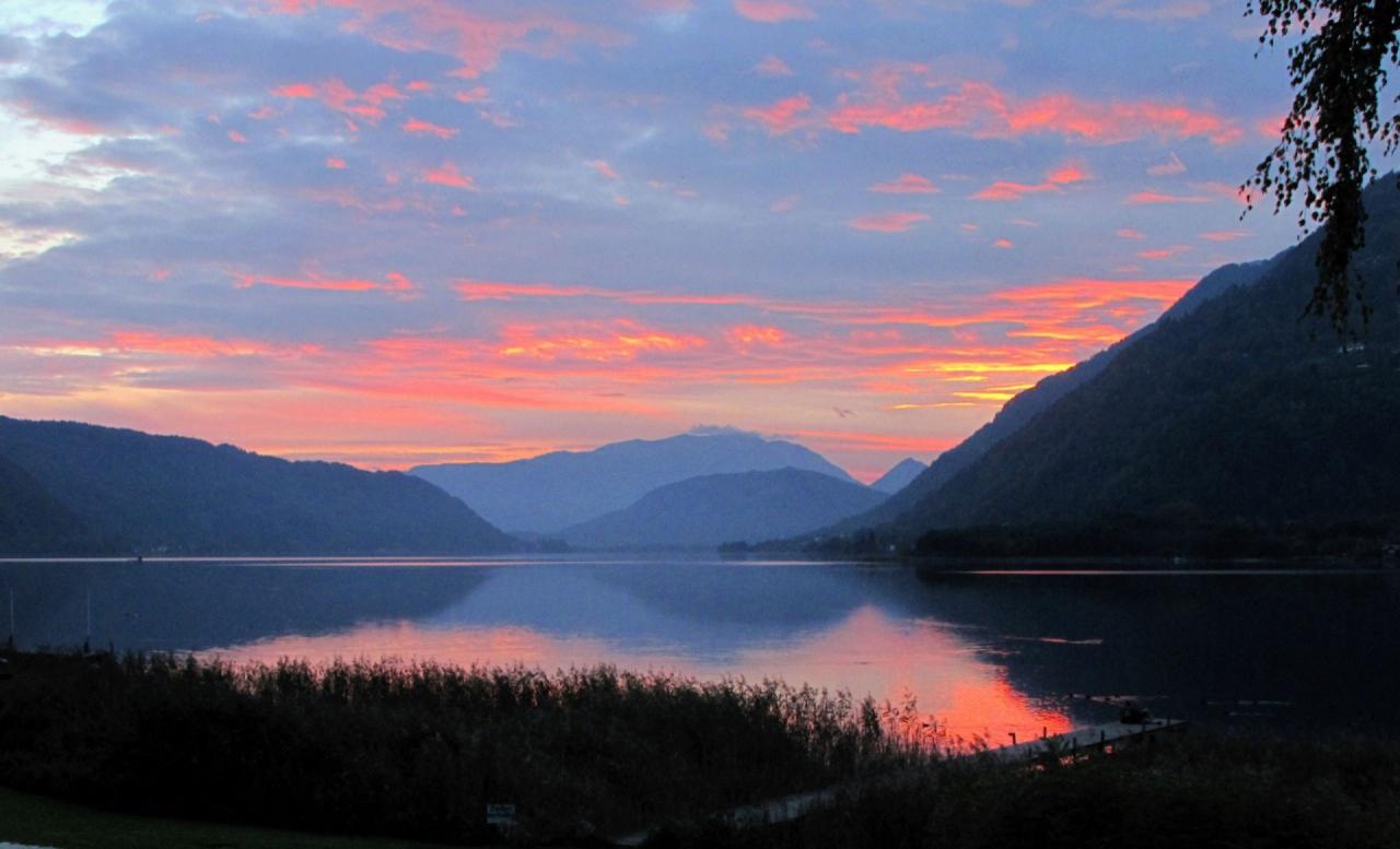 Schitterende avondlucht aan de Ossiacher See - Foto: ©Touristik Austria