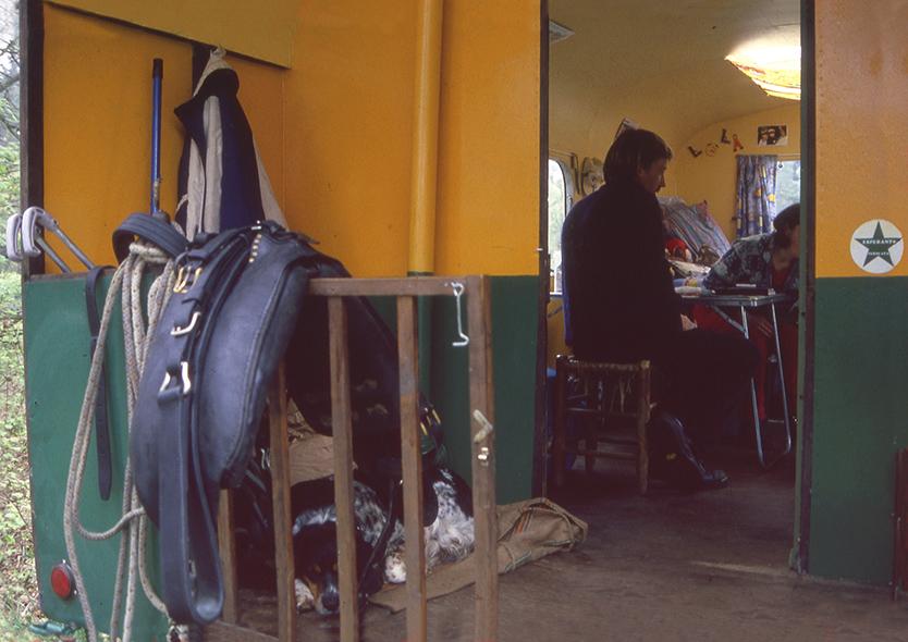010Zo stapte ik binnen in de woonwagen - Foto: ©Louis Fraanje