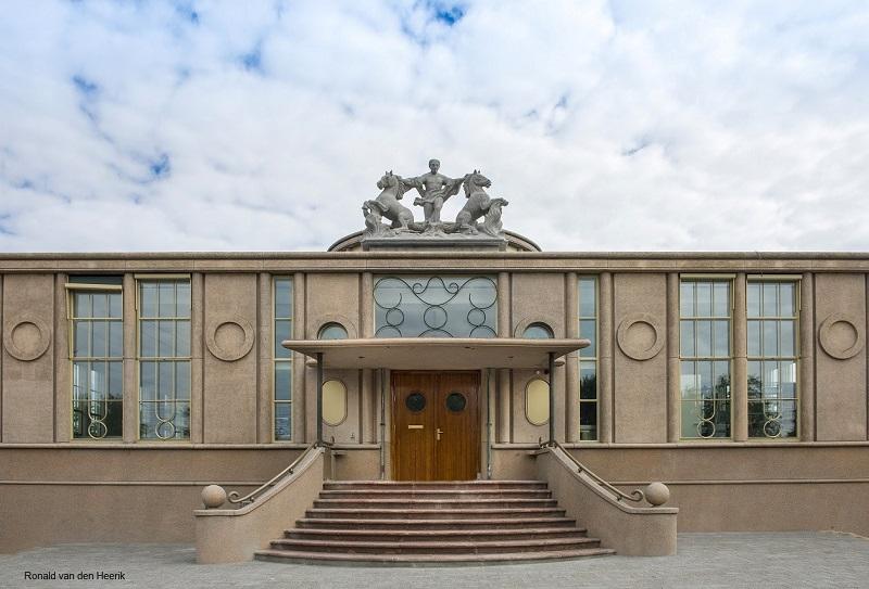 Nederland, Dordrecht, 15-06-2015 Onderwijs Museum Het gebouw De Holland Sybold van Ravesteijn foto: Ronald van den Heerik