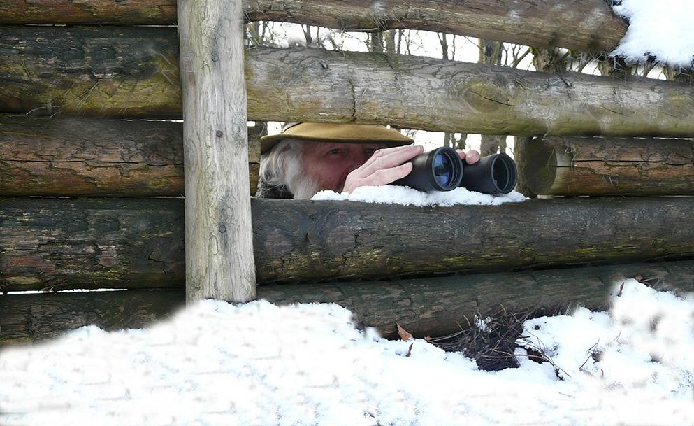 428-bw-louis-kijker-sneeuw