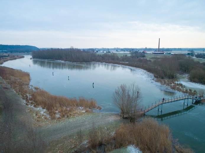 Lekker schaatsen op de Geul in Wageningen - Foto: Leffert Oldenkamp