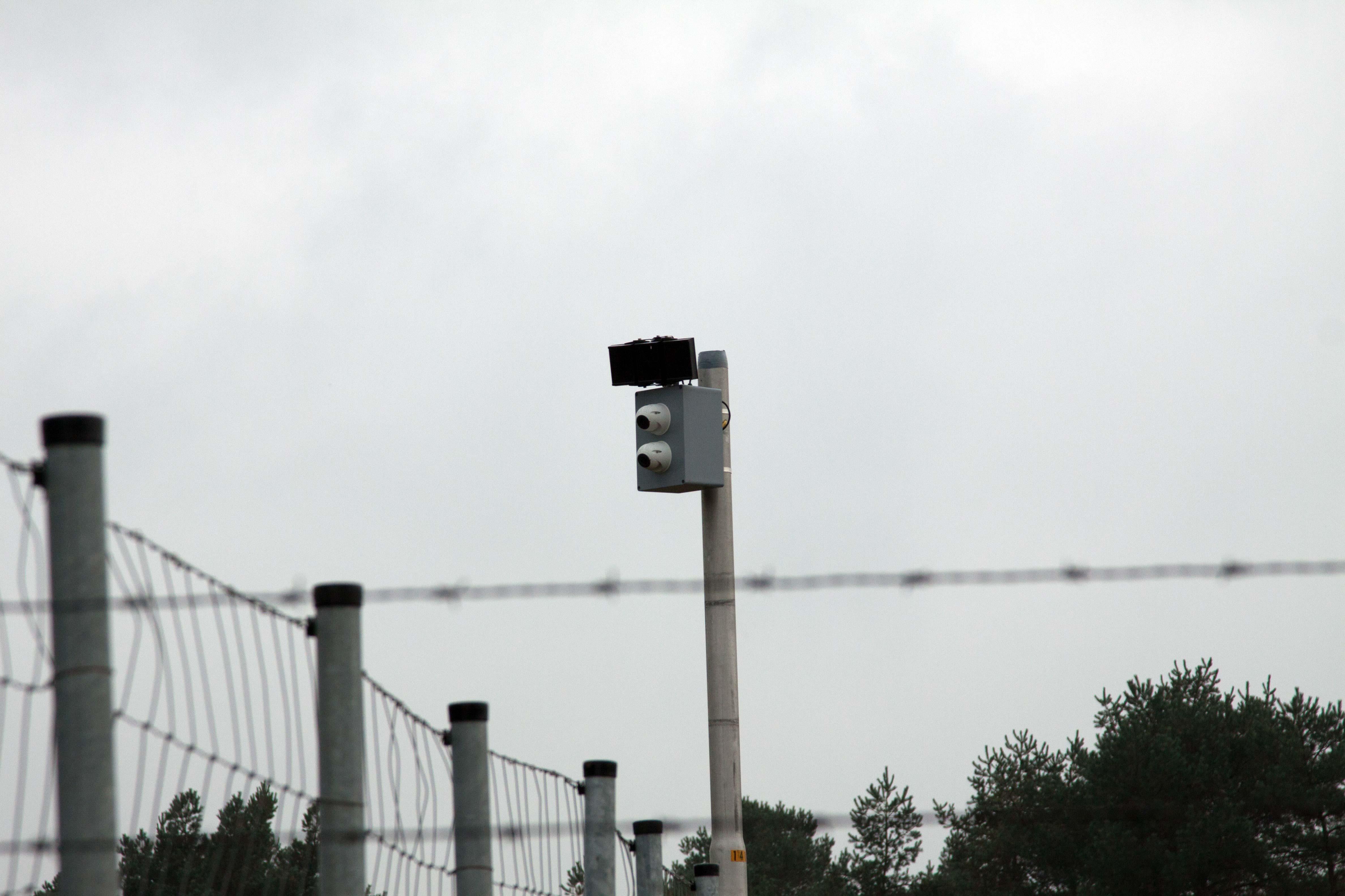 Provinciale wildcam op ecoduct Oud-Reemst, gezien vanuit het Park op 17 oktober 2015 – foto: Anja Arentzen] [foto 07: Provinciale wildmonitoring op ecoduct Oud-Reemst, gezien vanuit het Park op 17 oktober 2015 – Foto: ©Yvonne Arentzen