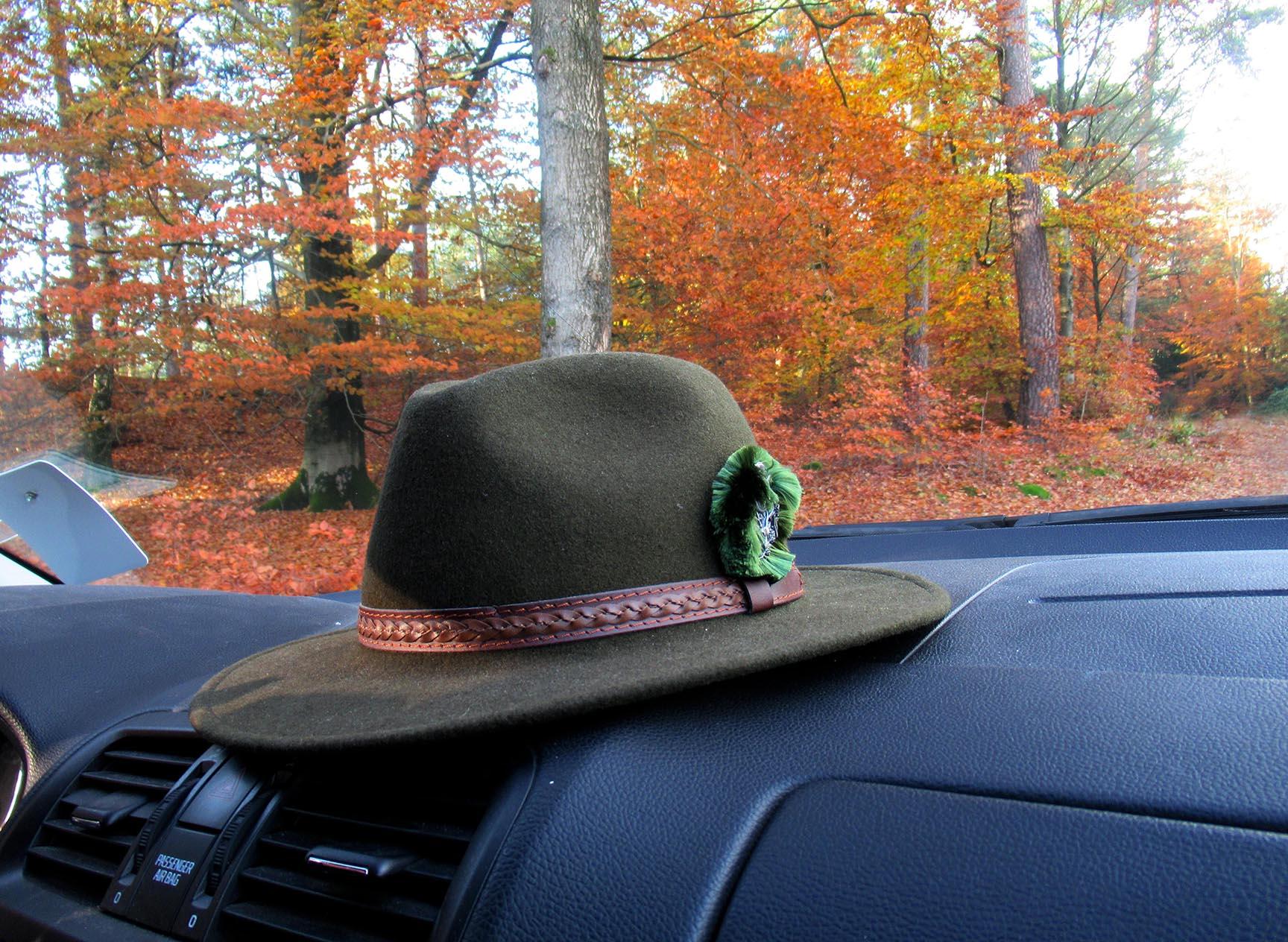 De hoed gaat altijd mee...