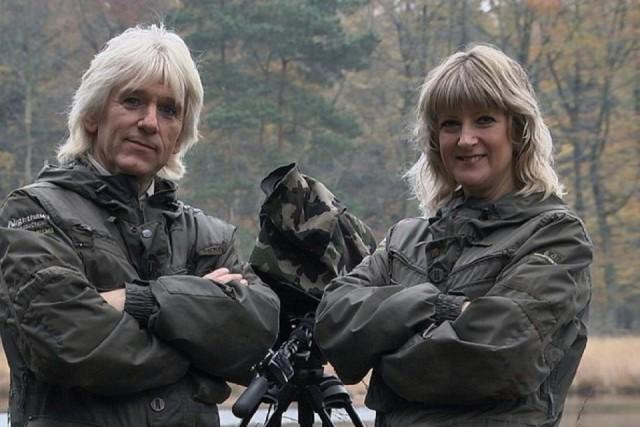 Bevlogen natuurfilmers Henk en Janetta Bos uit Drenthe - Foto: ©Nighthawk Productions