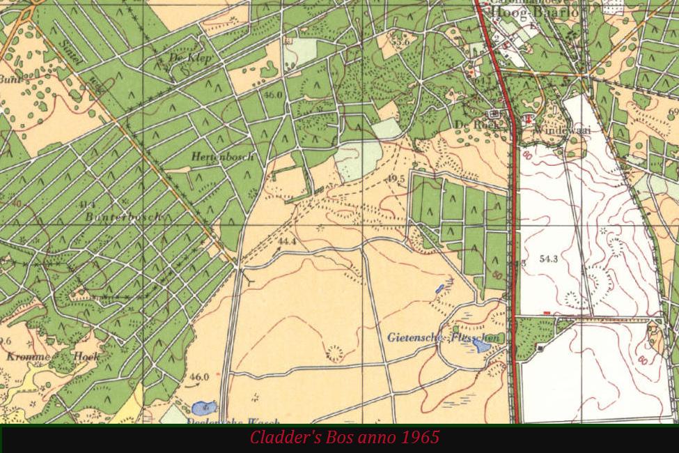 De Gietense Flessen op topografische kaart anno 1965. In de omgeving van deze vennen blijkt er op het Deelense Veld een reeks paden te zijn bij gekomen – Foto van beeldscherm: Yvonne Arentzen