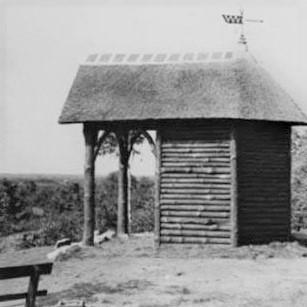 Zijaanzicht van de oude Hessenhut op de Goudsberg - Foto: Archief Henk Stel