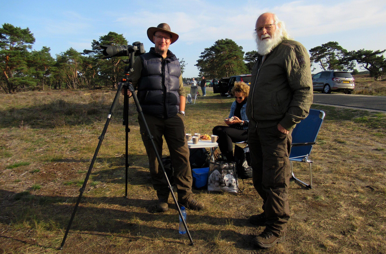 Samen met natuurvriend Willem Souverijn en zijn vrouw op de Hoge Veluwe - Foto: Fransien Fraanje