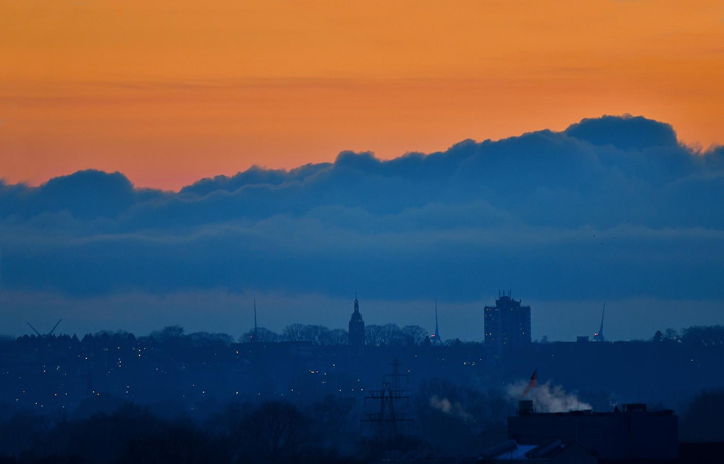 Vanavond konden we heel mooi vanaf ons balkon Rhenen zien liggen aan de horizon - Foto: ©Louis Fraanje