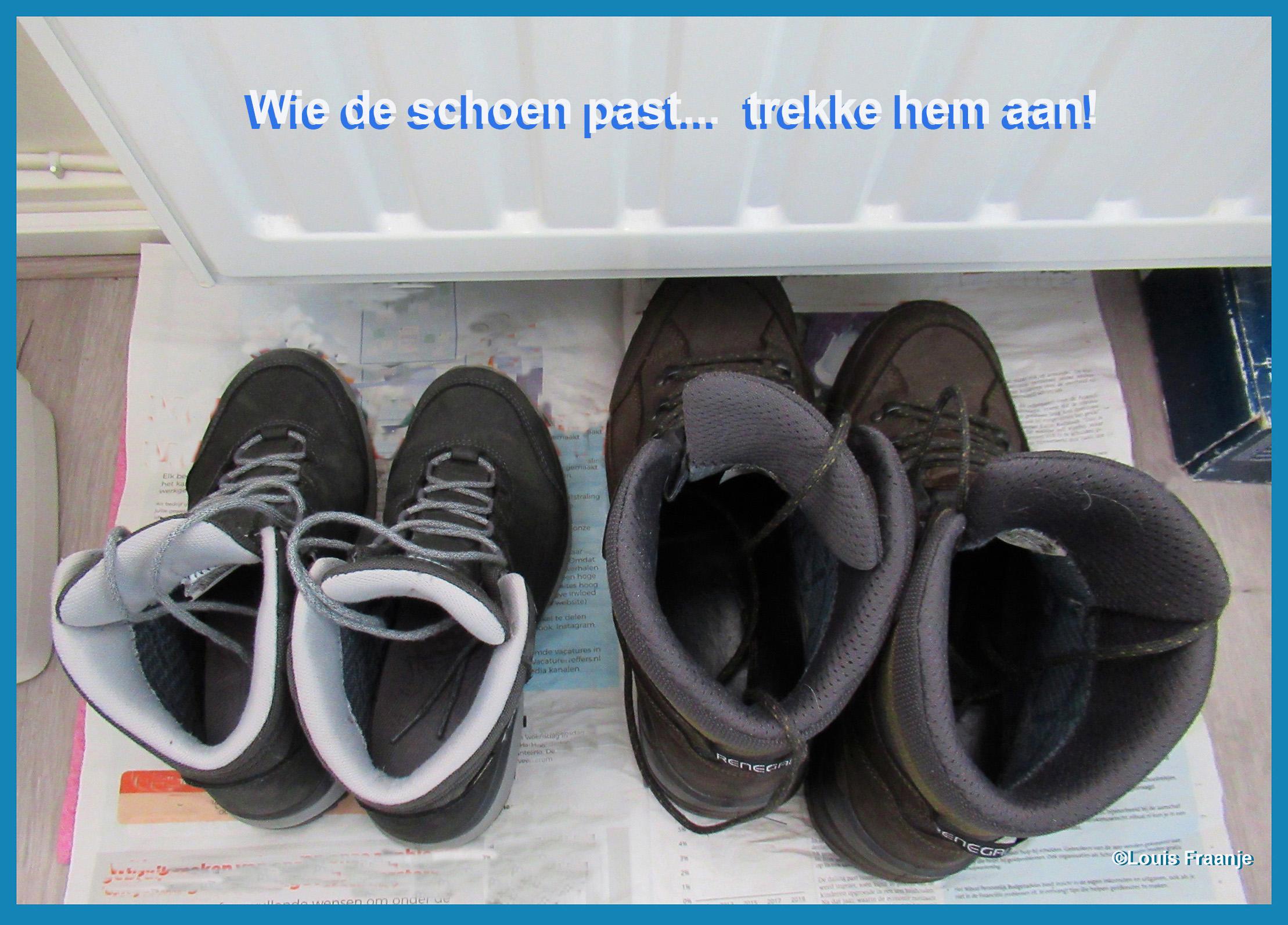 De wandelschoenen staan er nu ook 'warmpjes' bij - Foto: ©Louis Fraanje