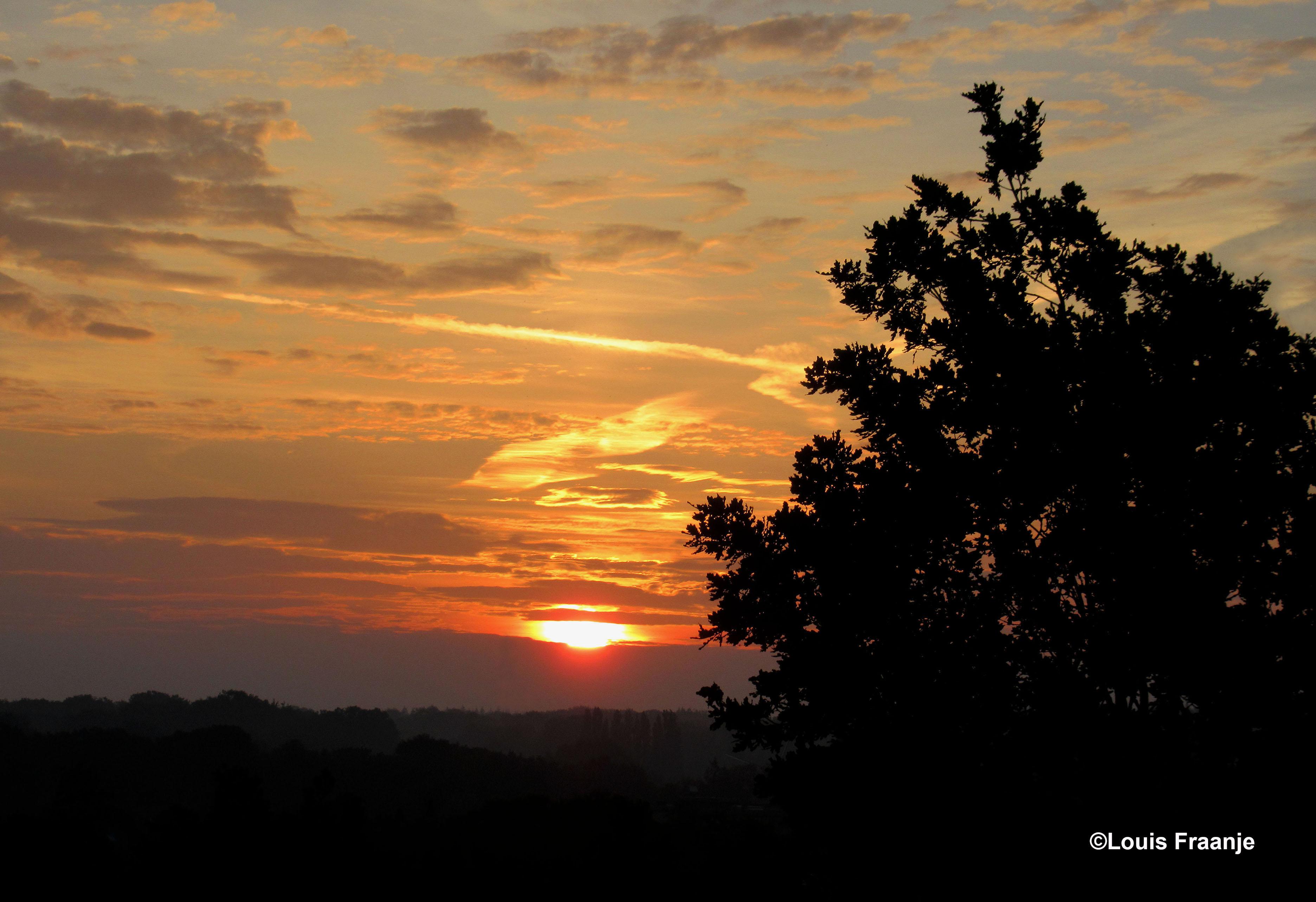 Prachtige zonsopkomst - Foto: ©Louis Fraanje