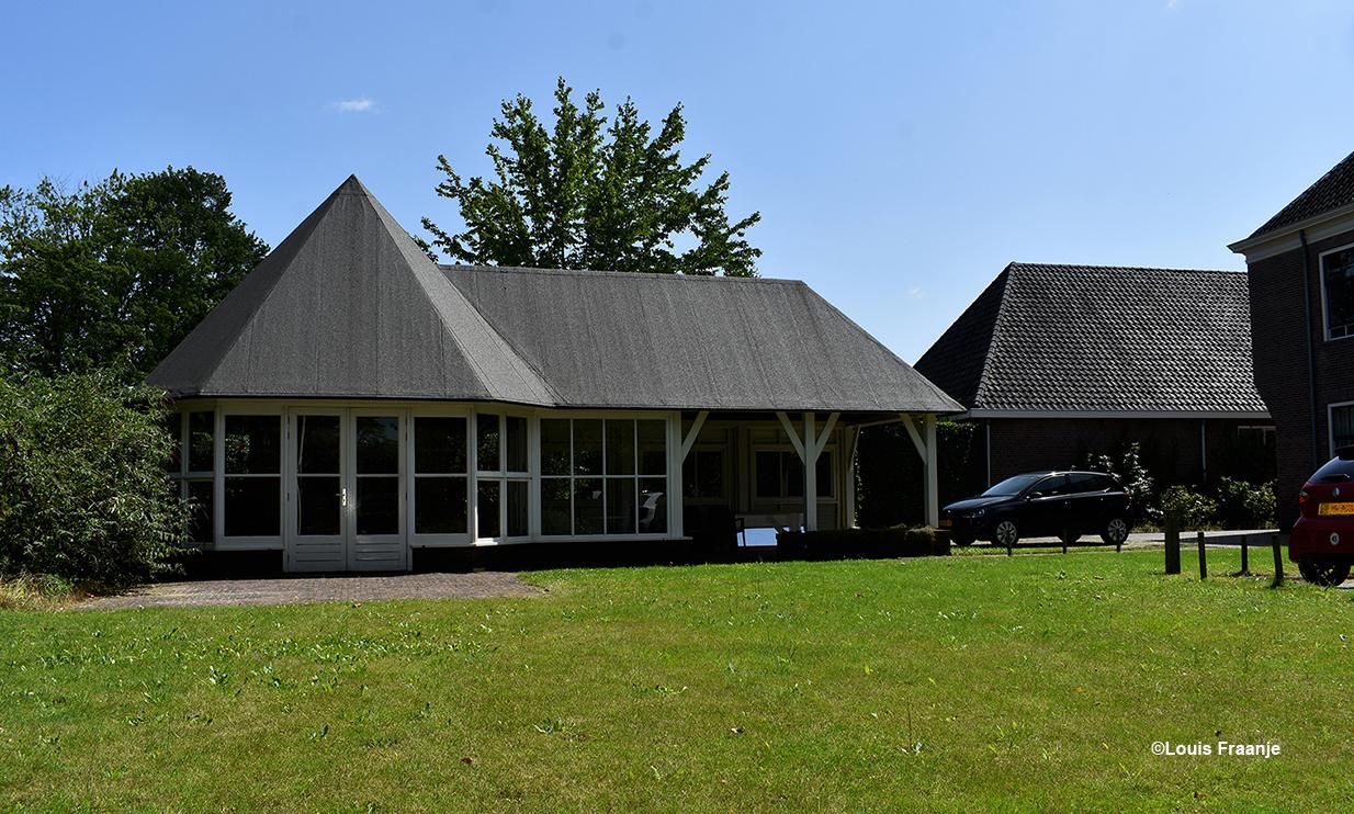 Het tuinhuis naast het oude Gasthuis oftewel 'De Haven' in Barneveld - Foto: ©Louis Fraanje