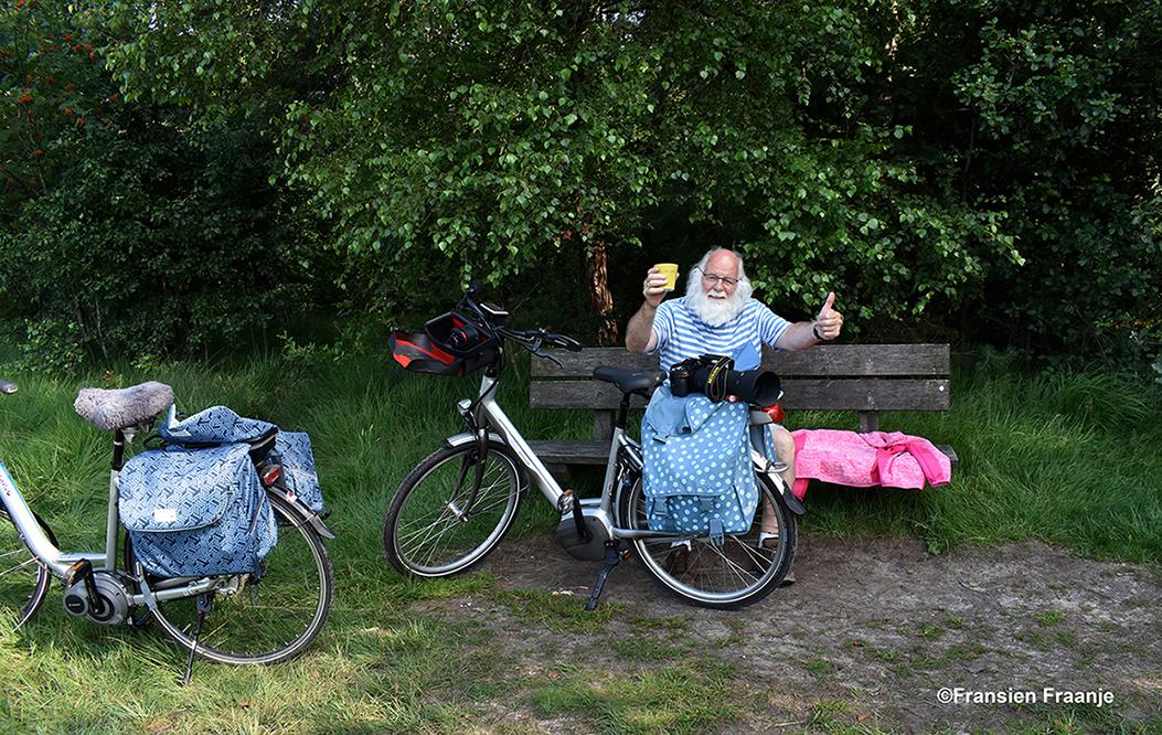 Even pauzeren in het bos.- Foto: ©Fransien Fraanje