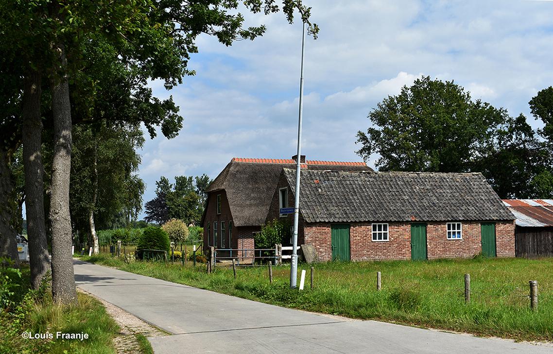 Een prachtig oud boerderijtje in de omgeving van Barneveld - Foto: ©Louis Fraanje